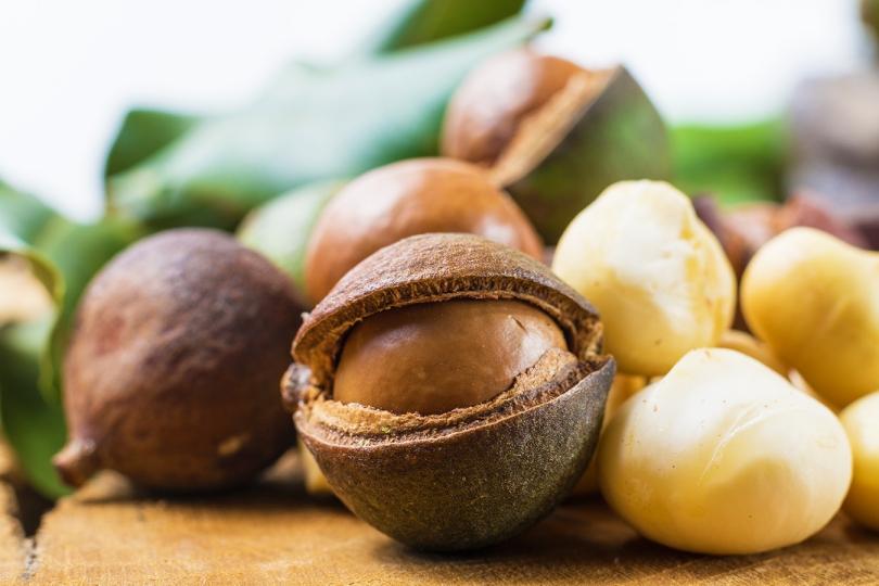 mac nuts
