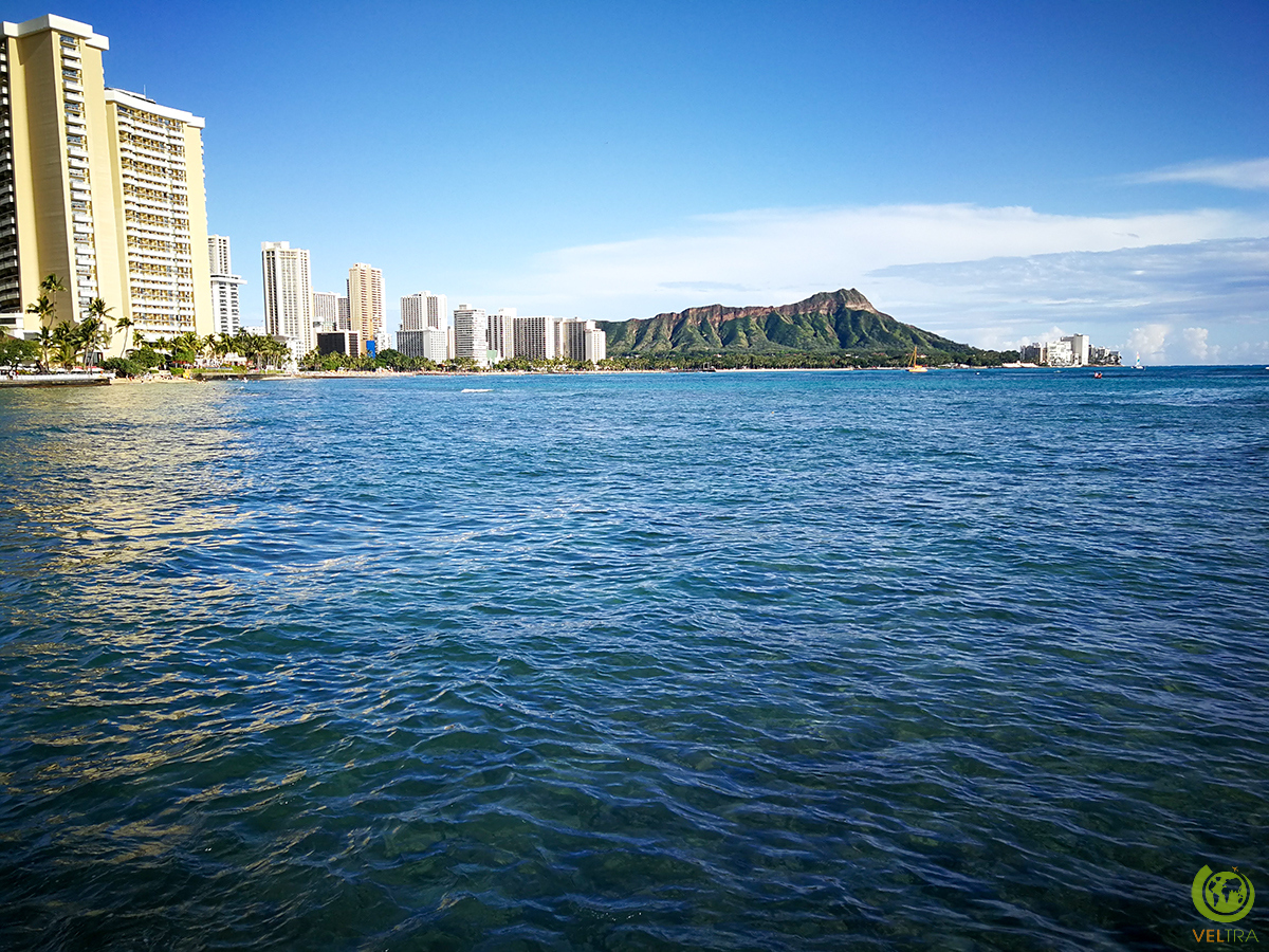 diamond head from shore 2